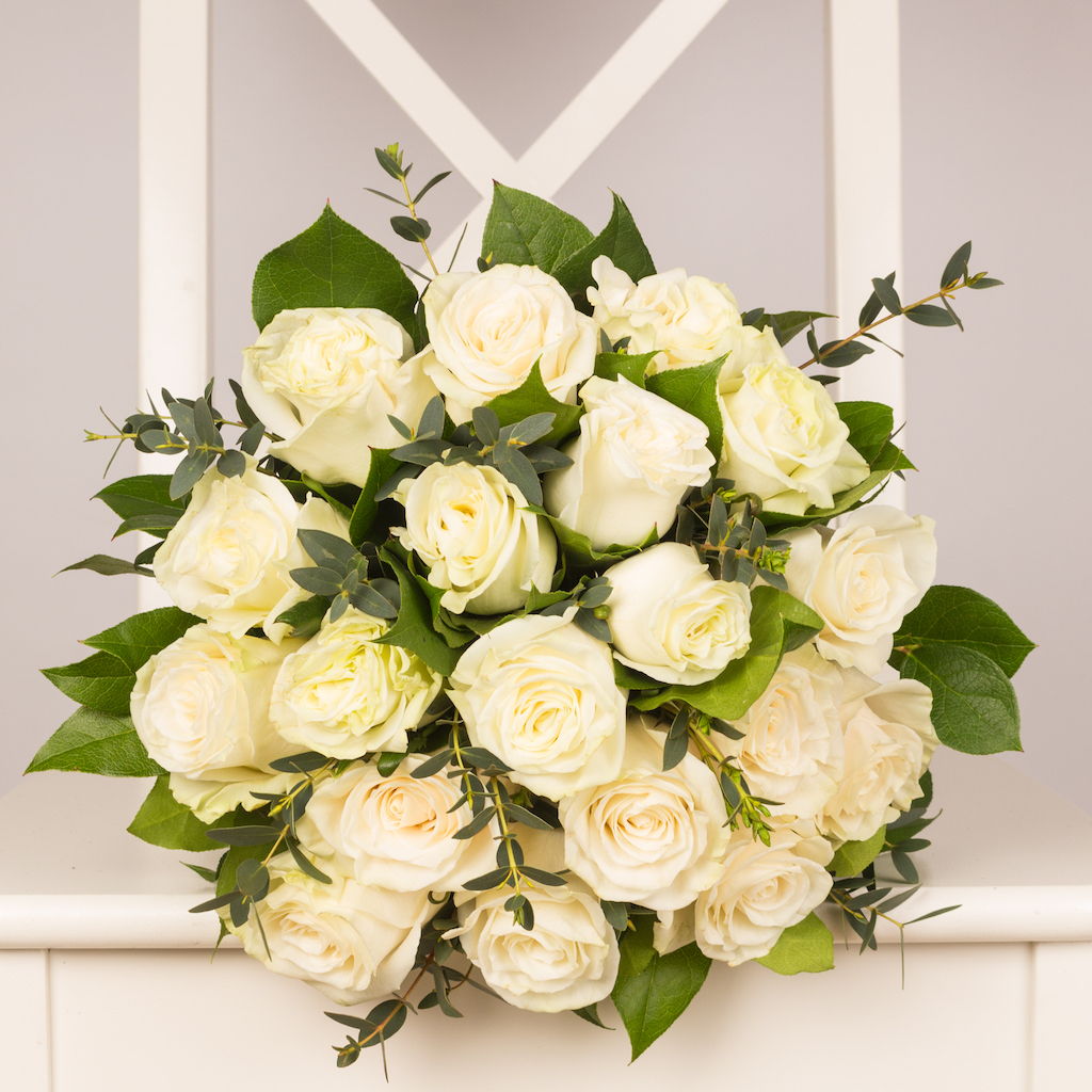 19 white roses bouquet purple flowers 19 white roses bouquet mightylinksfo